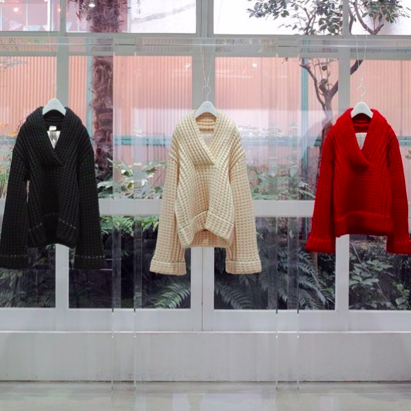 """100 PIECES KNIT by MISS DEANNA for MARTIN MARGIELA"" at LAILA TOKIO"