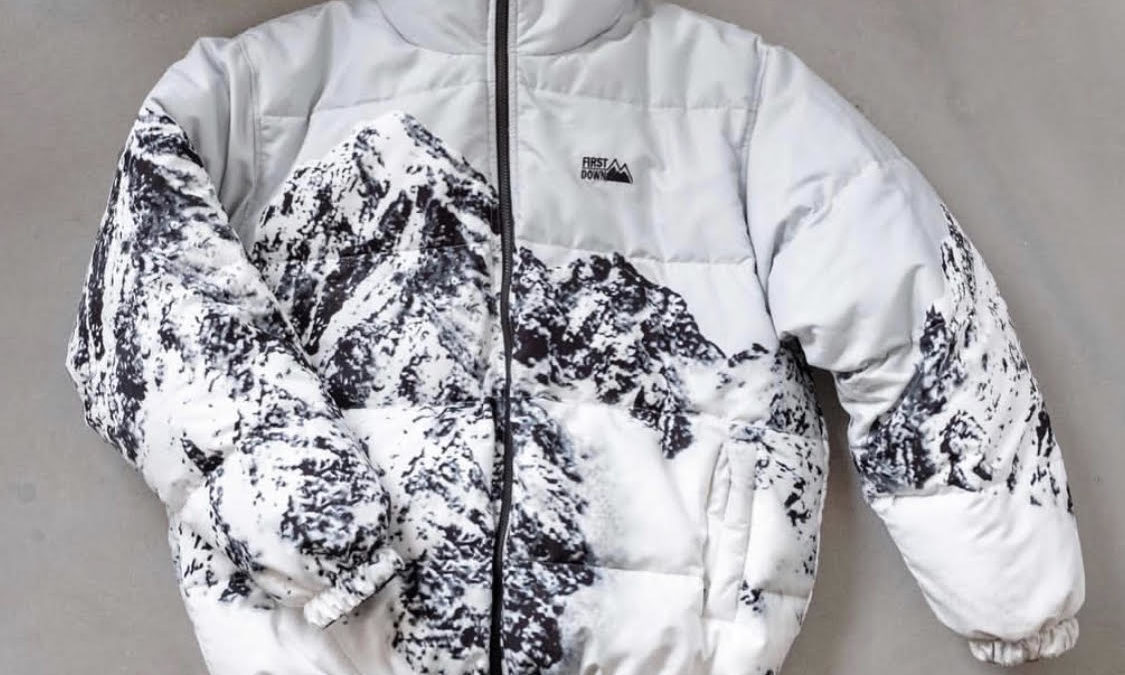 weber×First Dawn reproducing rare mountain print dawn jacket.
